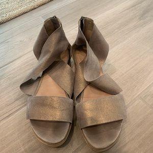 Eileen Fisher platform sandal